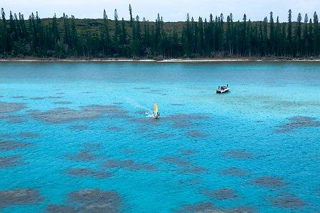 Vacances en Nouvelle Calédonie baie de Kanumera île des Pins un voyage routedelacaledonie.com
