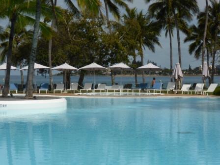 voyage sejour circuit vacances piscine meridien noumea